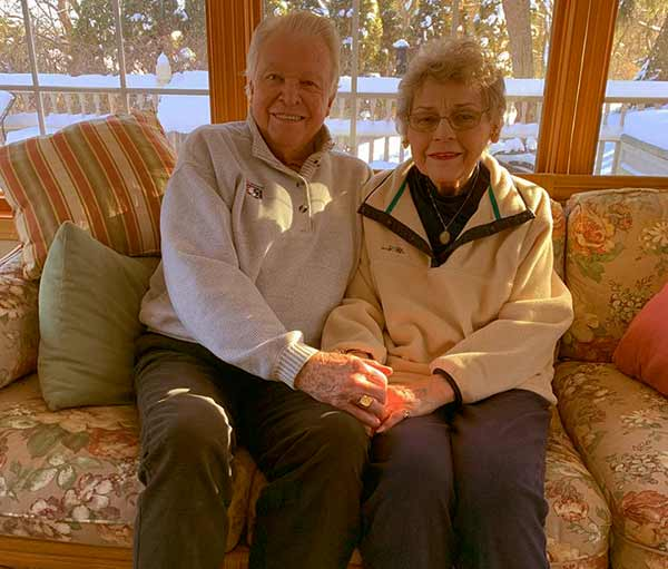 Image of Amy Roloff parents Gordon Knight (father) and Patricia Knight (mother)