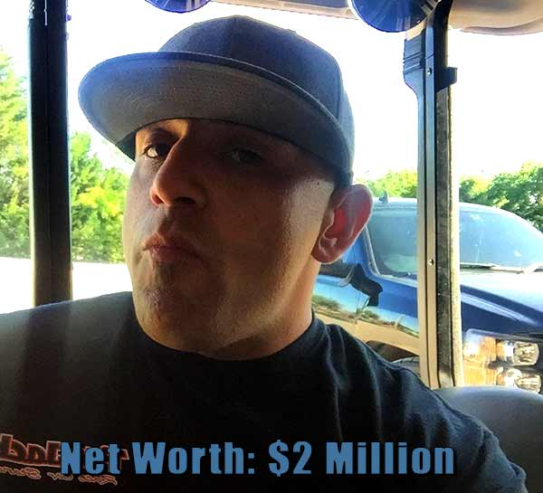 Image of Street Outlaws cast Big chief net worth is $2 million
