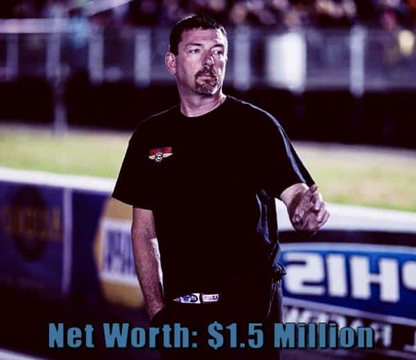 Image of Street Outlaws cast Daddy Dave net worth is $1.5 million