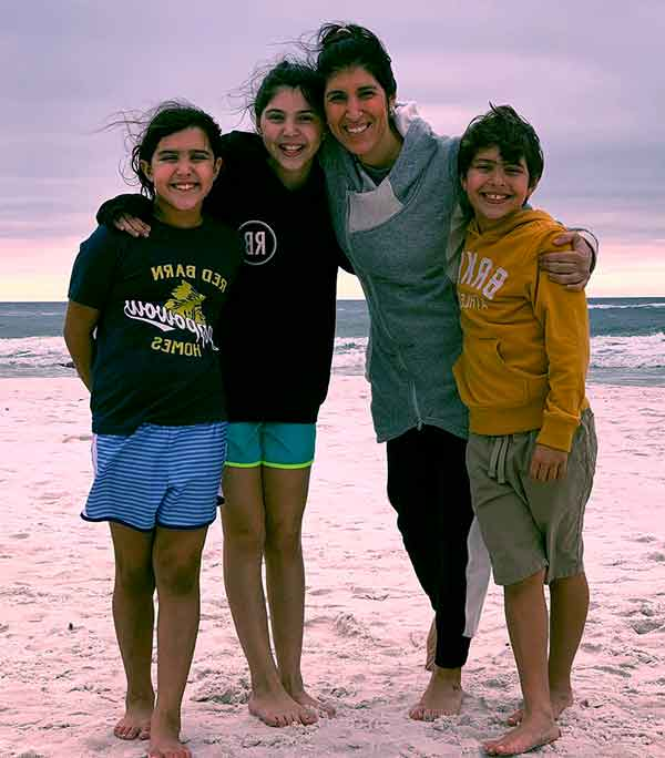 Image of Ken Corsini wife Anita Corsini with their kids