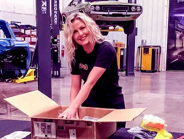 Image of Allysa Rose from tv show, Graveyard carz
