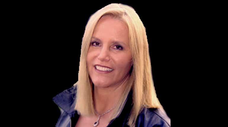 Image of Lenedra Caroll Bio, Net Worth, Marriage, Children, & Career Highlights