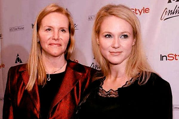 Image of Lenedra Carroll And Daughter Jewel Kilcher