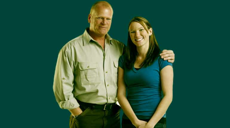 Image of Amanda Holmes (Mike Holmes Daughter) Wiki, Biography, Facts