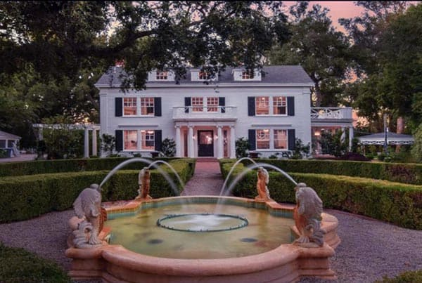 Image of Actress, Kyle Richards house