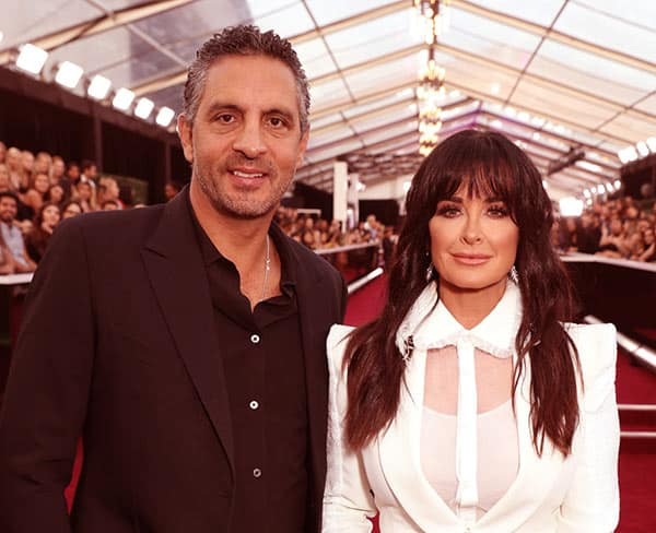 Image of Kyle Richards with her husband Mauricio Umansky