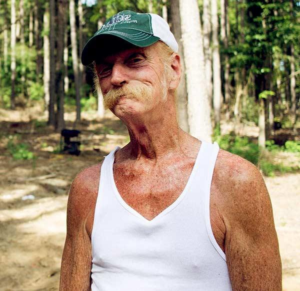 Image of Barnwood Builders cast Johnny Jett is still alive