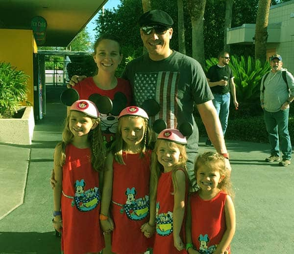 Image of Amber Brkich and her husband Rob with their kids