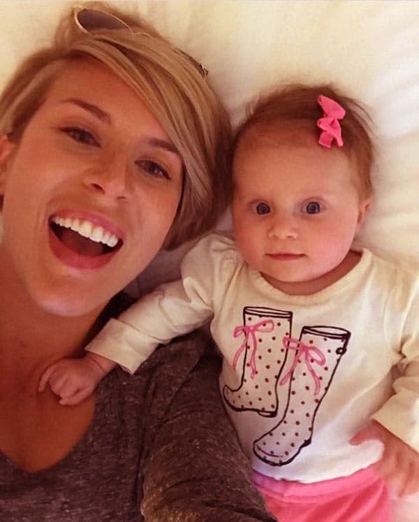 Image of Erin Napier with her daughter Helen Napier
