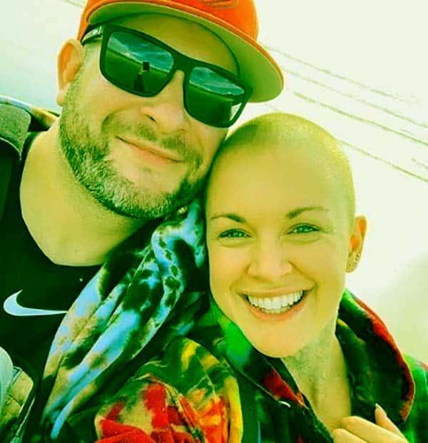 Image of Caption: Amanda Giese with her boyfriend Jeffrey Roy