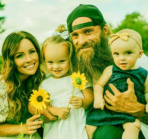Image of Diesel Dave with his wife Susan Kiley along with their kids