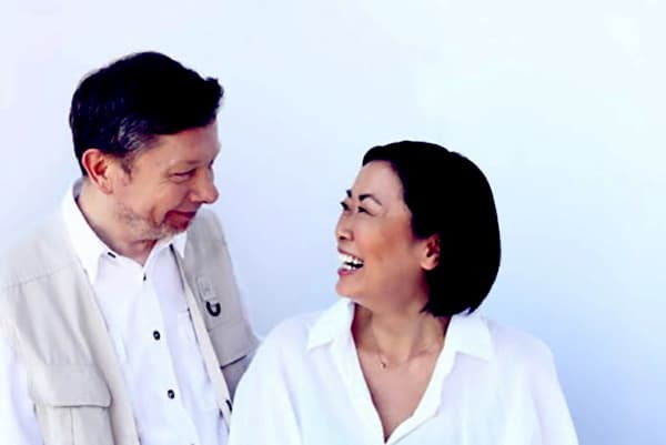 Image of Eckhart Tolle with his wife Kim Eng