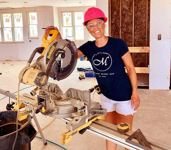 Image of Marnie Oursler from the TV show, Big Beach Builds