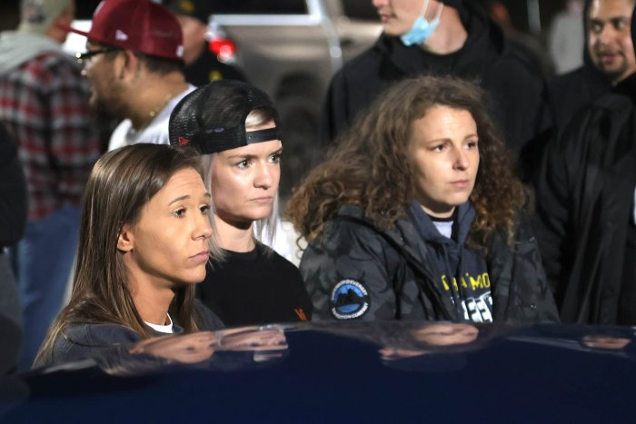 Aramnai Johnson with her friends of Street outlaws