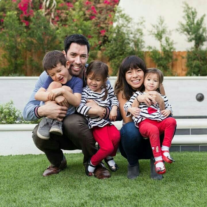Property Brothers Drew Scott and wife Linda Phan with kids