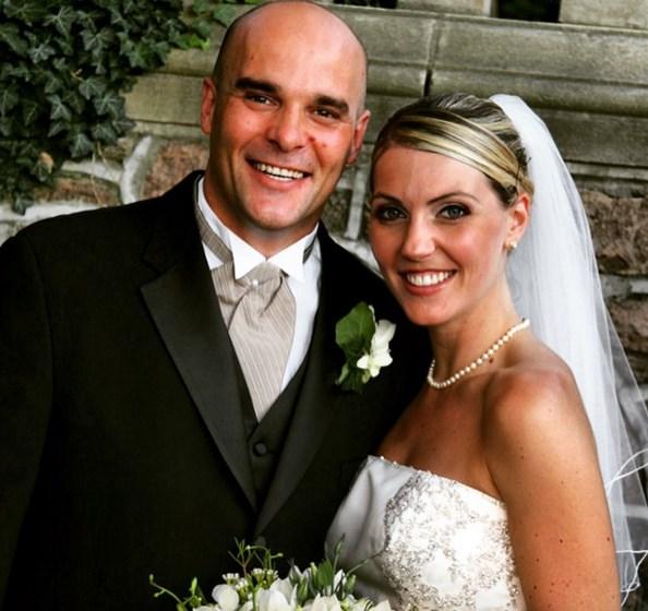 Sarah and Bryan Baeumler Wedding picture