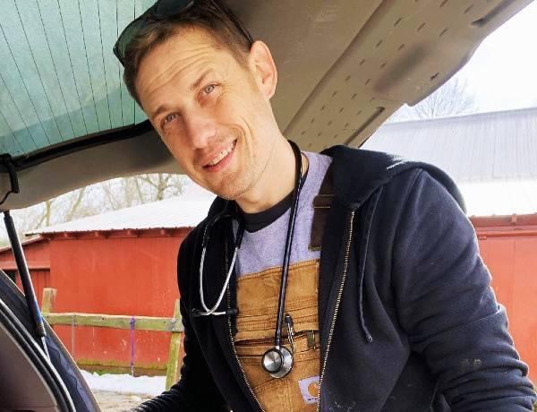 Dr. Ray Harp Still on Dr. Pol